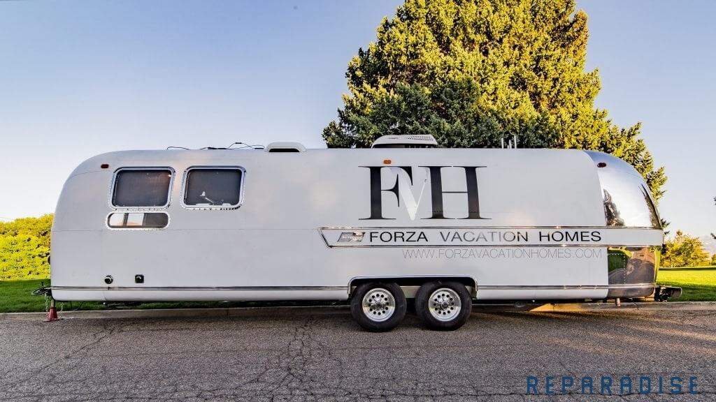 Forza Vacation Homes Branding